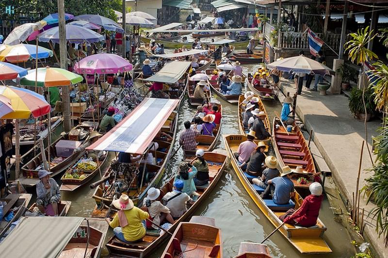 ببازار شناور Bang Ku Wiang بانکوکبانکوک