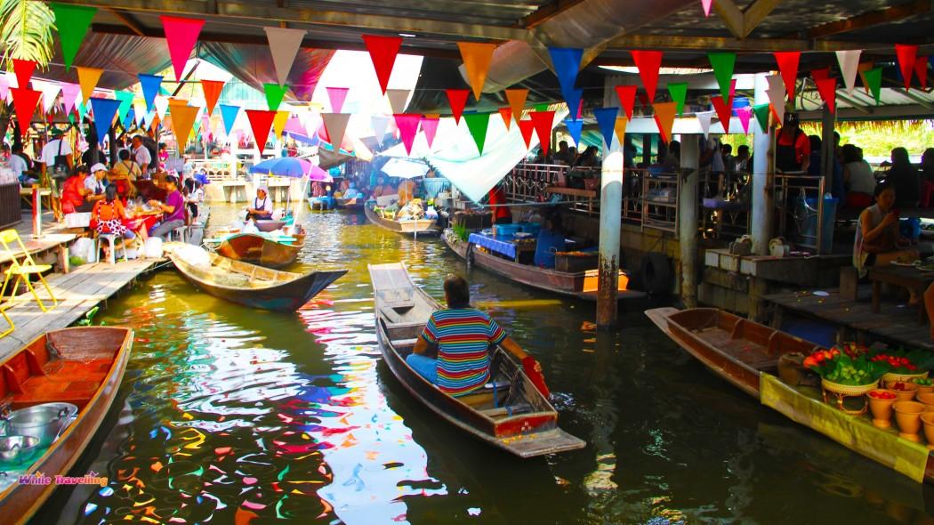 بازار شناور Taling Chan بانکوک