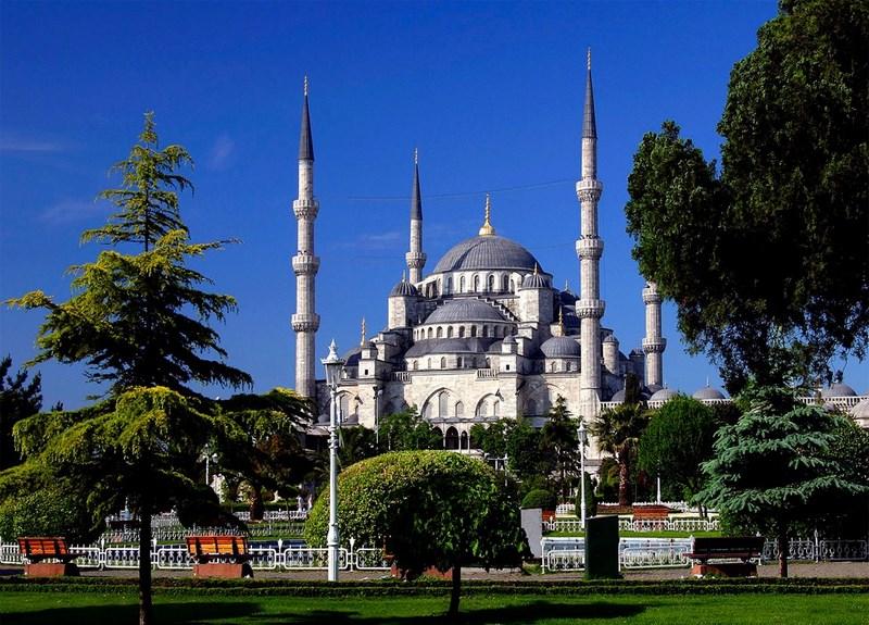 پیش از سفر با تور استانبول بدانید