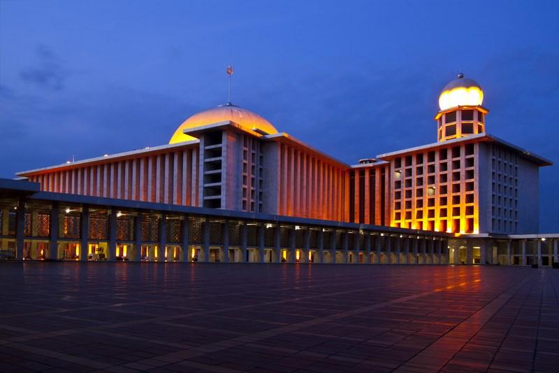 مسجد استقلال